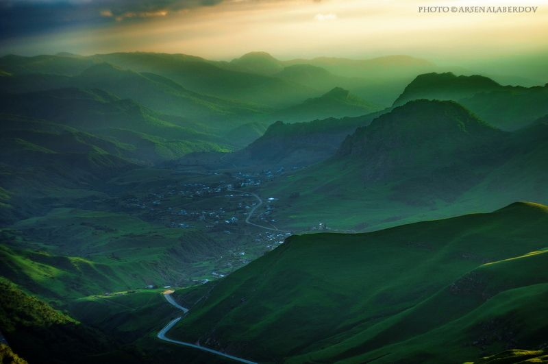 весна, поле, холмы, равнина, долина, утро, вечер, карачаево-черкесия, кавказ, простор, закат, дымка, туман \