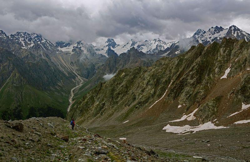 горы,  кавказ гармония вершин и впадин...photo preview
