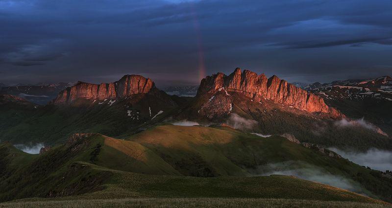 закат, большой тхач, малый тхач, асбестная, горы, пейзаж, рассвет, кавказ, адыгея, радуга, ачешбоки, Радуга на закатеphoto preview