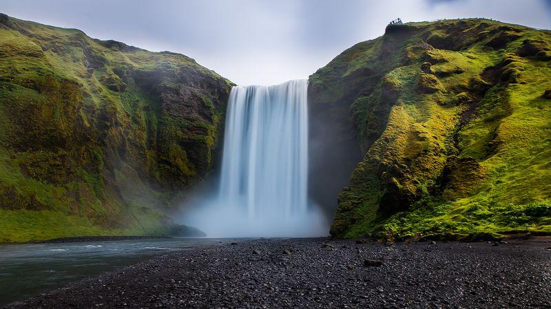 Skógafoss Waterfall-Icelandphoto preview