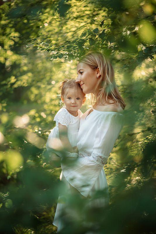 семья мама любовб счастье дочка малыш девочка лето солнце photo preview