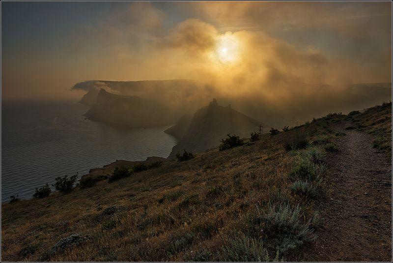 крым, балаклава, вечер, солнце, туман, море. Туманный вечер в Балаклавеphoto preview