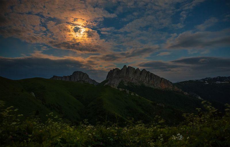 западный кавказ ачешбок полнолуние июнь В ночь полнолунияphoto preview