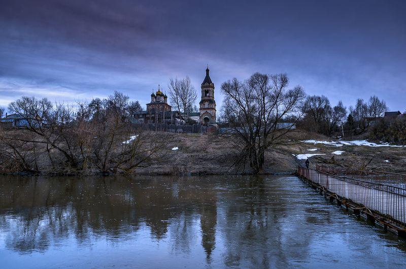 вечер, река, церковь, настроение Провинция. Унылая пора...photo preview