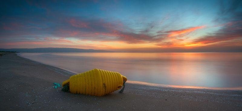 пейзаж море рассвет италия Янтарный рассветphoto preview