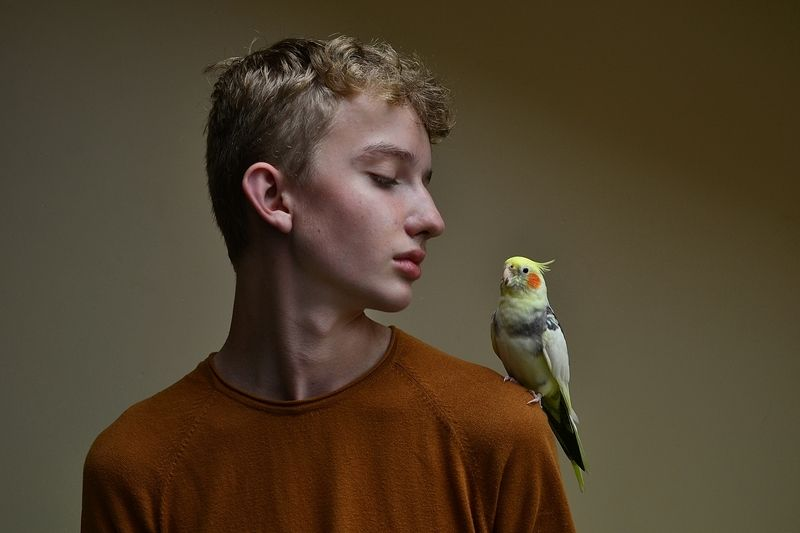 Thomas with parrotphoto preview