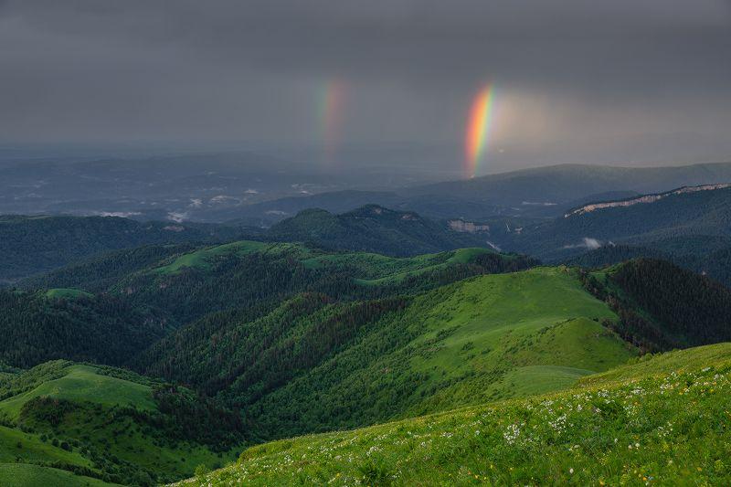 западный кавказ асбестная радуга дождь вечер июнь Рождённая солнцемphoto preview
