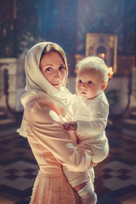 крещение, фотограф на крещение спб, таинство крещения, фотограф спб, таинство, дети, ребенок, малыш, девочка, таинство крещения, крещение ребенка, церковь, храм, крестины Крещение Маркаphoto preview