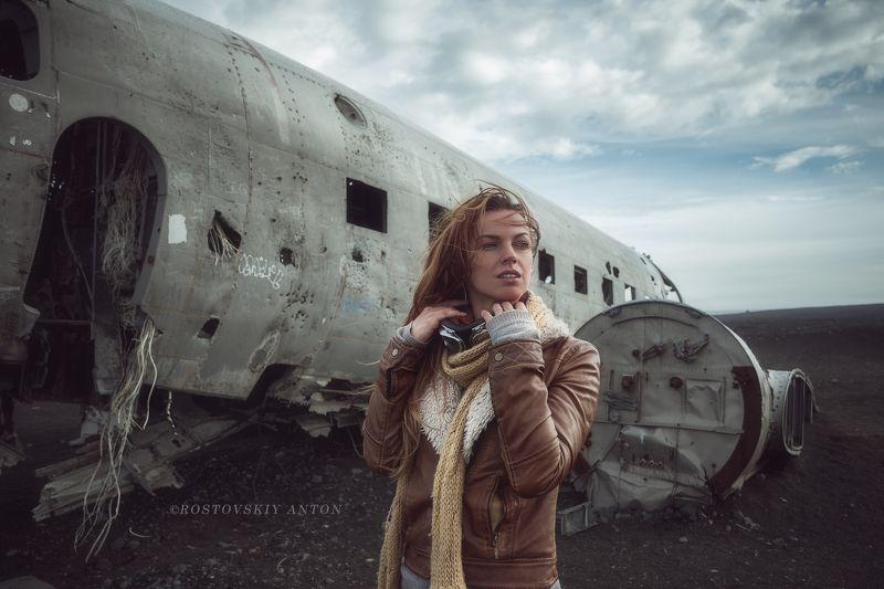 Исландия, портрет, модель, путешествие, фототур, ветер, самолёт,   однажды в Исландииphoto preview