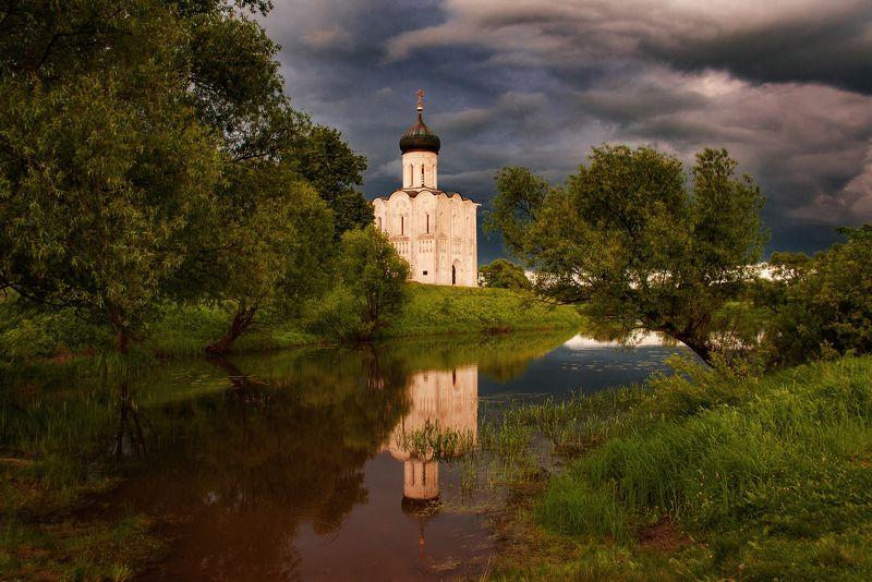 гроза, церковь, лето, закат Перед грозойphoto preview