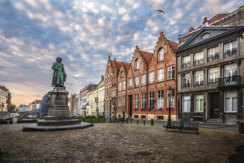 brugge, bruges, брюгге, jan van eyck, утро Bruggephoto preview