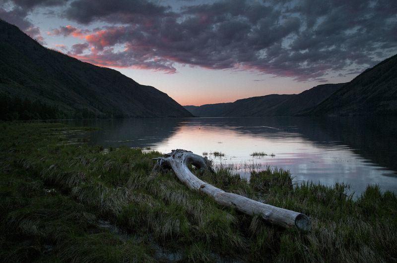 путешествия, тува, тыва, туризм, исследование, пейзаж, горы, озеро, кара-холь, сибирь Кара-Хольphoto preview