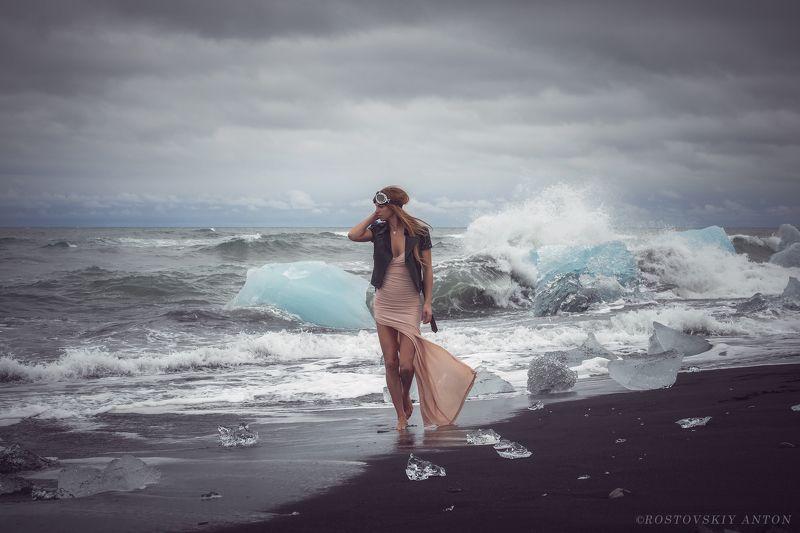 Исландия, девушка, пляж, лёд, льдины, айсберг, модель, басиком, фототур, фотопутешествие ледяной пляжphoto preview