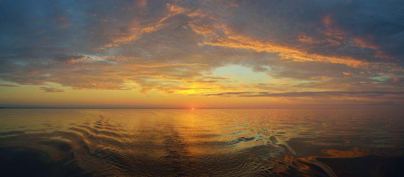 Закат на Онежском озереphoto preview