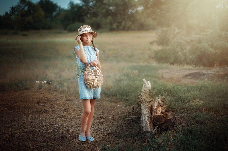 портрет, лето, девочка, girl, summer, portrait, деревня, шляпка, закат, нежность, вечер Вечерелоphoto preview