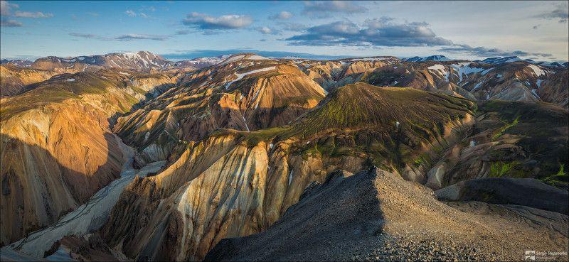 Долина риолитовых гор Landmannalaugarphoto preview