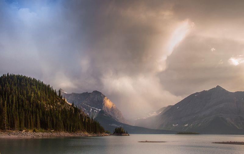 storm, lake sun, beams ВСЛЕД УХОДЯЩЕМУ ШТОРМУphoto preview