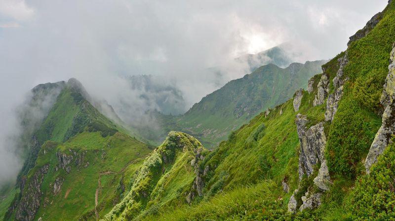 карпаты, горы, мармаросский массив Горы дымят...photo preview