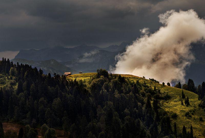 горы, облака Дом облакаphoto preview