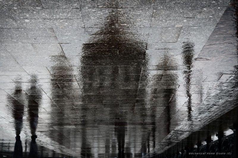 отражения чёрный вигвамphoto preview