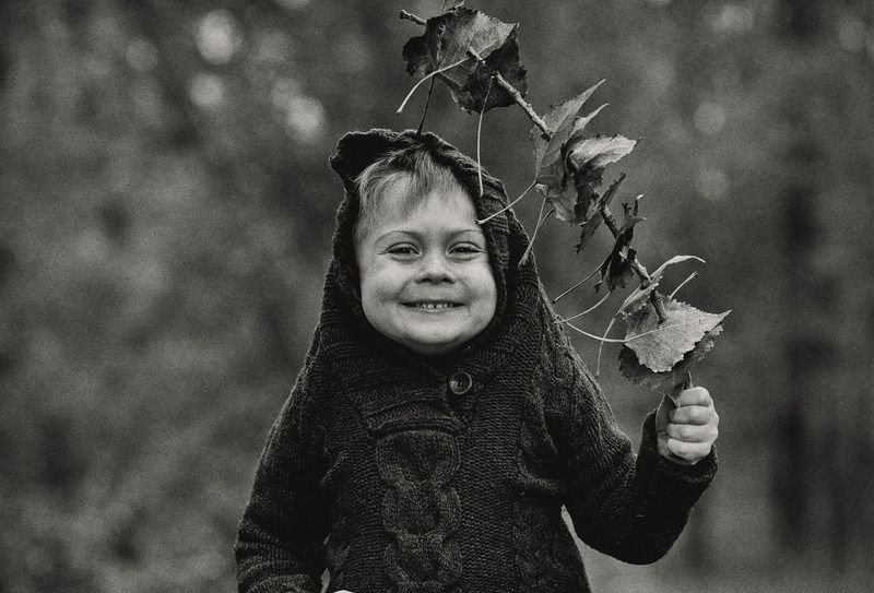 kid child monochrome model mood mom mother son fun funny family autumn smile franpolonsky franpolonskyphotographer photo photography phfranpolonsky street wood bestphoto bestmodel together top light life sun sunlight sepia bw [ Matvey ]photo preview