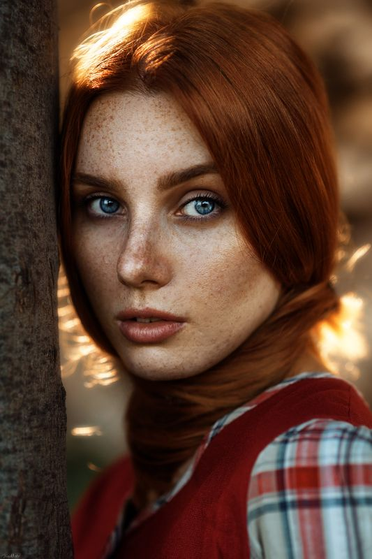 portrait, art, beautiful, face, pretty, eyes, natural, light, 85mm, freckles, model,sunset, istanbul Christinephoto preview