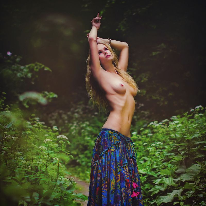 пленэр, ню, девушка, модель, лес Лесная нимфаphoto preview