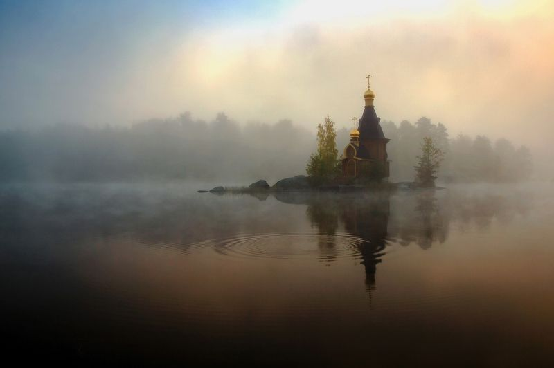 церковь утро туман река вода небо Туманное утро на Вуоксеphoto preview