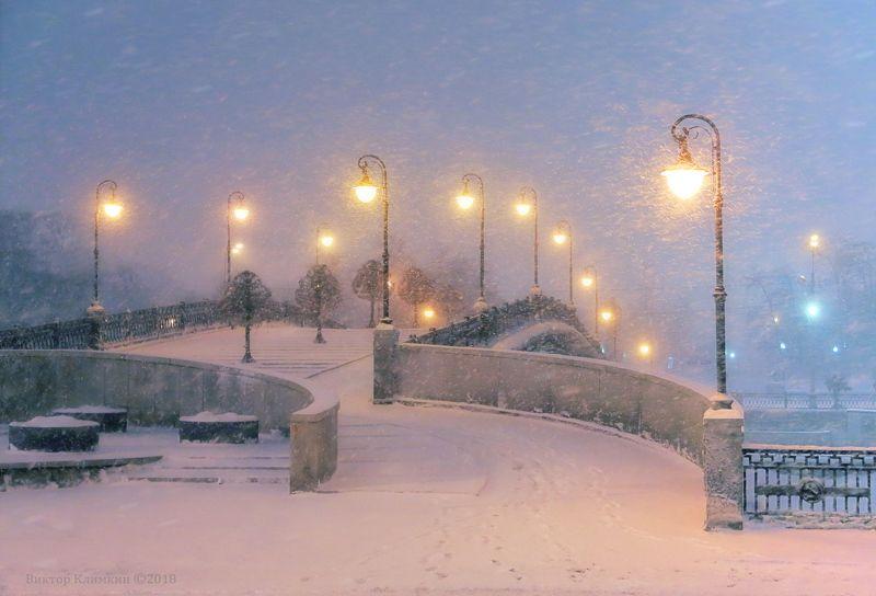 москва, вечер, зима, снегопад, мост Зимний вечерphoto preview