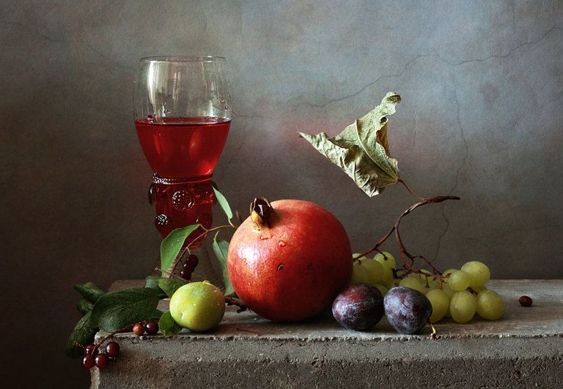 Вино и гранатphoto preview