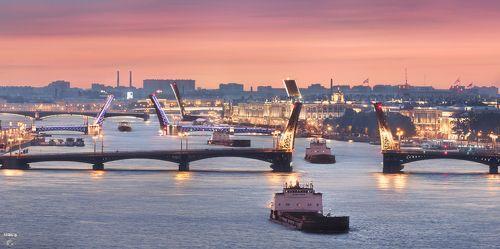 Река Большая Нева, Благовещенский мост