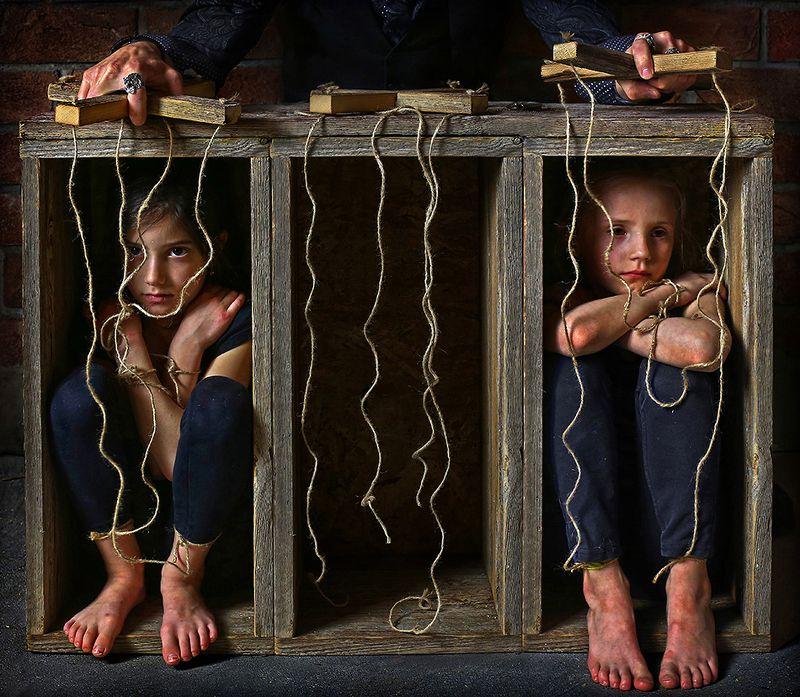 marionette girl  Marionettesphoto preview