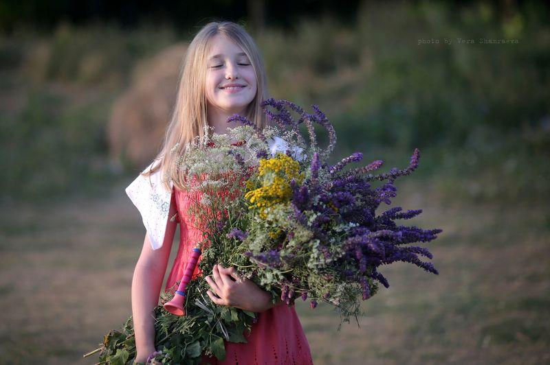 девочка, полевые цветы, лето Лето...photo preview
