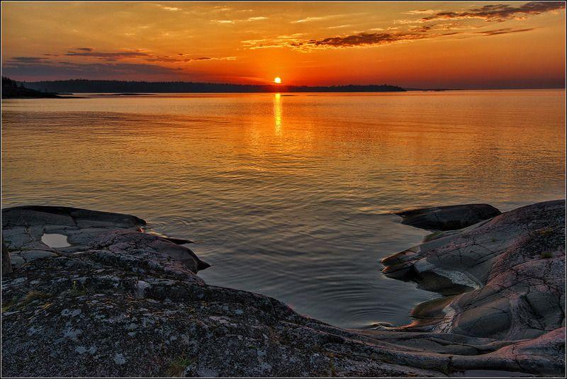 карелия, ладожское озеро, утро Встречая рассветphoto preview