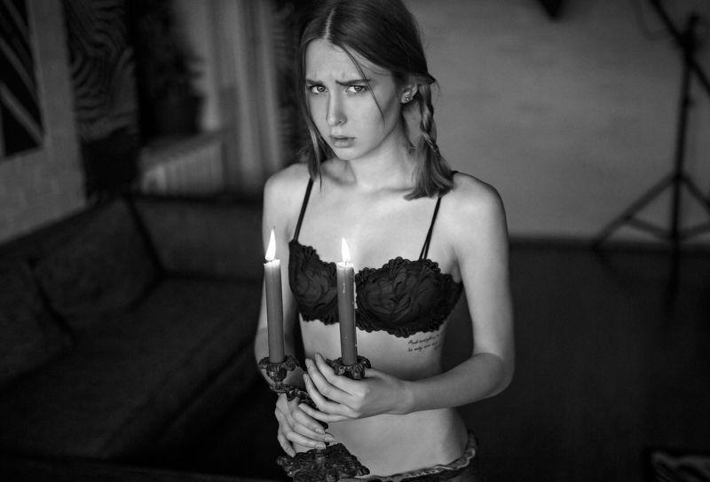 #портрет, #девушка,  #будуар,  #art,  #sexy,  #35mm,  #nude,  #ню,  #retouching,  #portrait,  #artphotographer ***photo preview