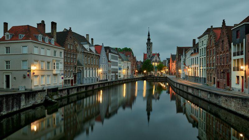 Jan Van Eyck Squarephoto preview