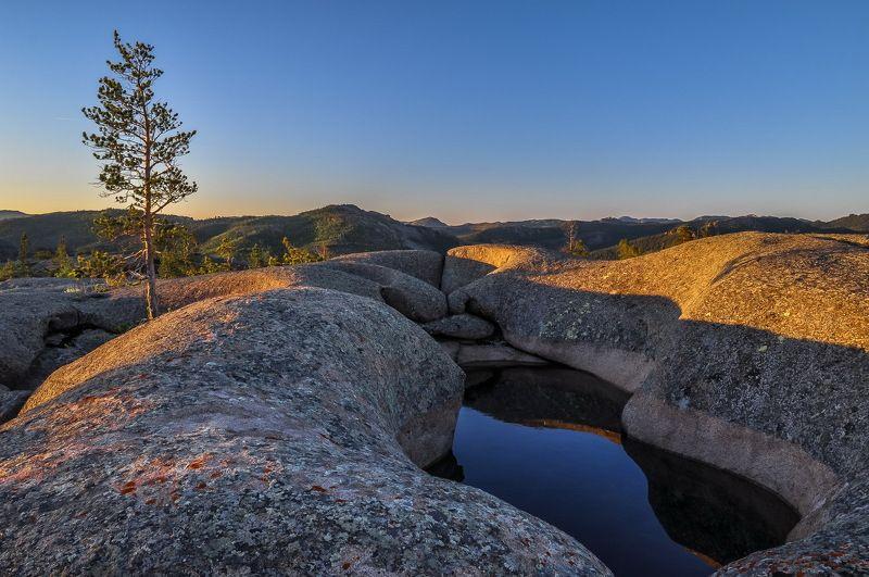 горы Утро  в  Кентеphoto preview