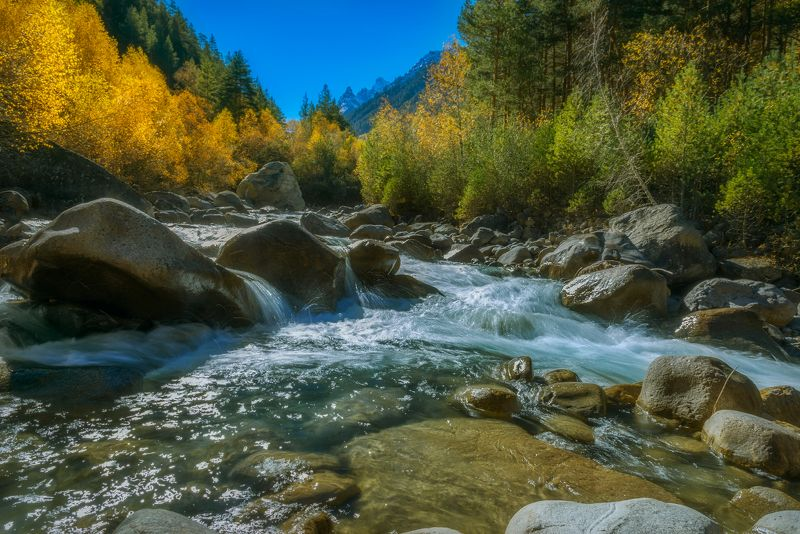 осень,река,ущелье,адыр-су Осень в ущелье Адыр-Суphoto preview