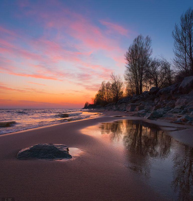 вечер, после заката, вода, волны, деревья, камни, море, небо, облака, отражение, пейзаж, песок, прибой, свет, stones, trees, colors, after sunset, evening, Landscape, light, reflection, sand, sky, water, закатная история ...photo preview