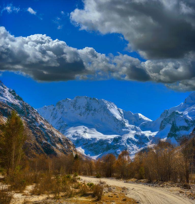 горы,осень,адыр-су, уллу-тау,дорога По дороге за мечтой к Уллу-Тауphoto preview