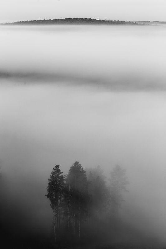Гора Теплая, гора Тёплая, Теплая, Тёплая, Средний Урал, чб, Урал мгла...photo preview