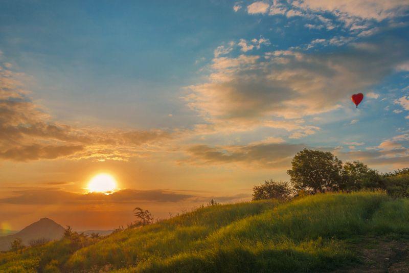 солнце,закат, аэростат,сердце,лето С любовью к уходящему лету...photo preview