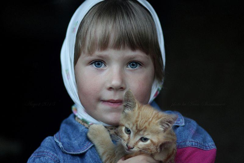 жанровый портрет, девочка, котенок Детиphoto preview
