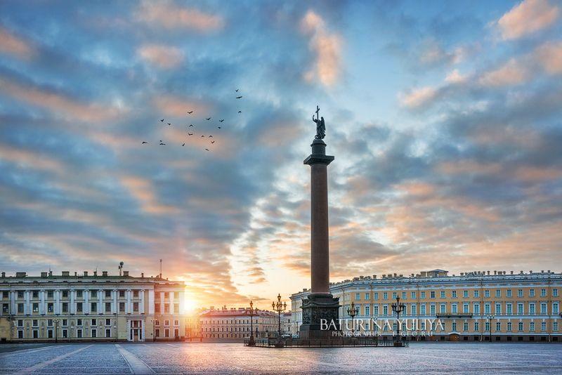 санкт-петербург, александровская колонна, дворцовая площадь Александровская колоннаphoto preview