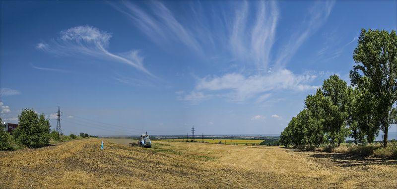 лето, июль, пашня, небо, облака Голубые акценты летаphoto preview