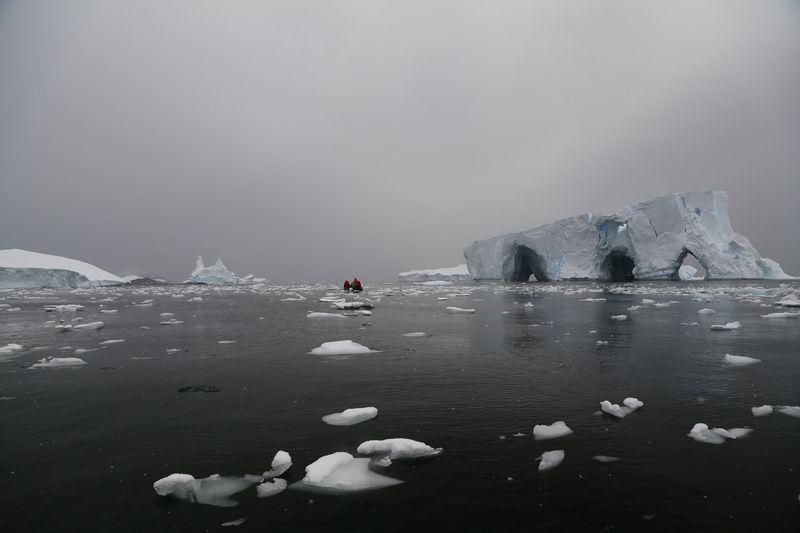 антарктика, antarctic, путешествие, океан, айсберг, лед,  природа, landscape, nature, свет, light, небо Графские развалины..photo preview