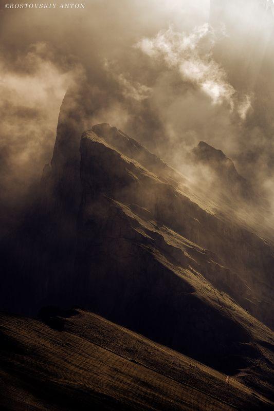 Доломиты, Италия, фототур, свет, Драматичное утроphoto preview
