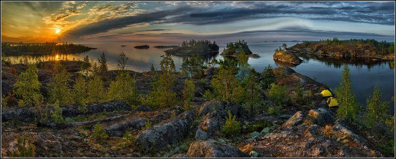 карелия, ладожское озеро, утро В лучах восходящего солнцаphoto preview