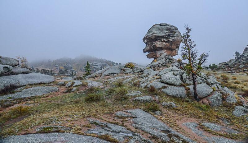 горы Осень  в  Баянаулеphoto preview