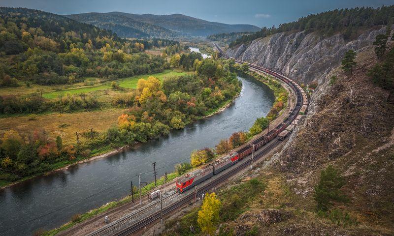 жд, железная дорога, поезд, россия,  пейзаж, skrylov, skrylov_official, осень, челябинская область, электровоз, вязовая, грузовой, поезд, горы, юрюзань, река ***photo preview